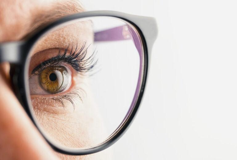 descubra a hora certa de procurar um oftalmologista para sua catarata