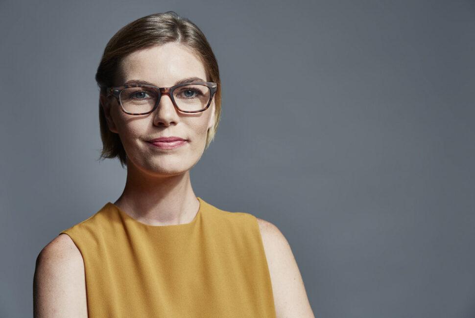Veja os riscos para os olhos usando lentes e óculos falsos. Confira no artigo que elaboramos sobre o assunto.